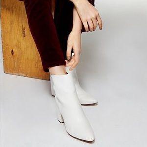 MADDEN GIRL White Meeko Block Heel Booties